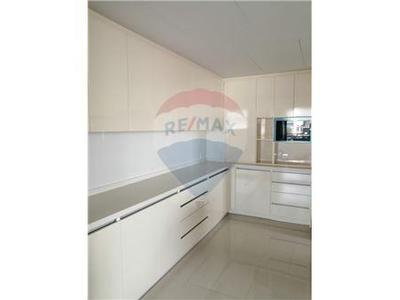 Apartment · For rent · 4 bedrooms